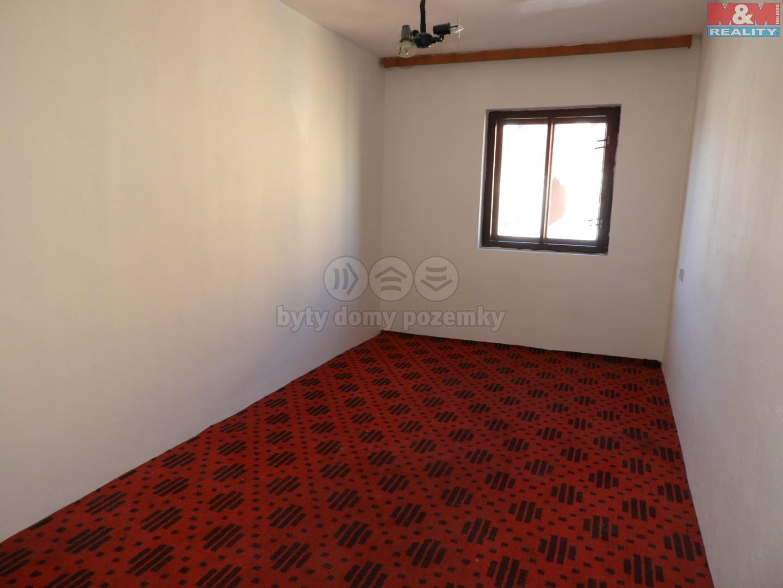 pokoj v patře