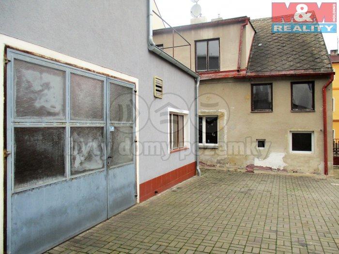 Prodej, nájemní dům s dílnou,Teplice - Novosedlice