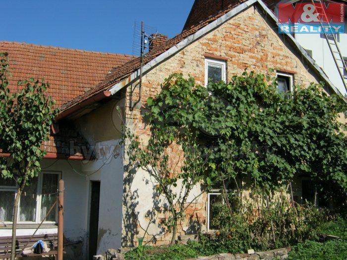 Prodej, rodinný dům 3+1, 1 925 m2, Líšná u Přerova