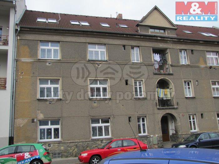 Prodej, byt 2+kk, OV, Louny, ul. Poděbradova