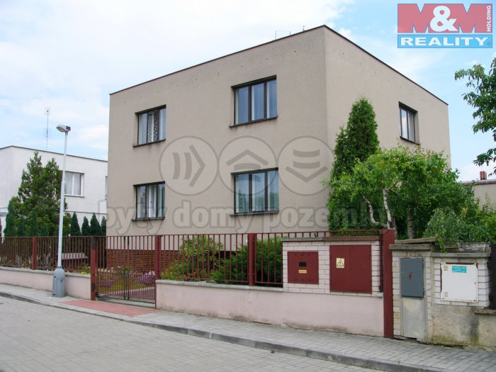 Pronájem, byt 3+1, 97 m2, Praha 9 - Hostovice