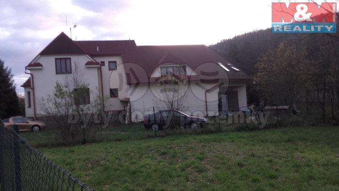 Prodej, rodinný dům, 1869 m2, Rapotín