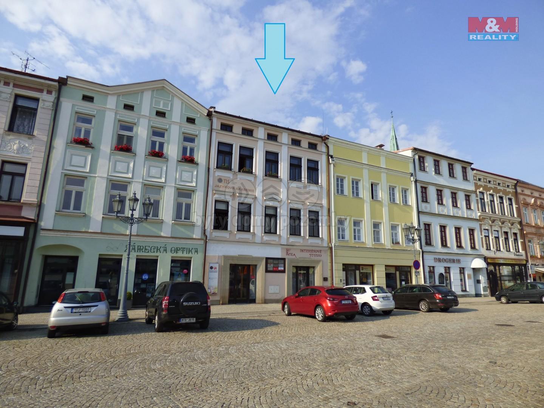 Prodej, nájemní dům, Frýdek - Místek, Zámecké náměstí