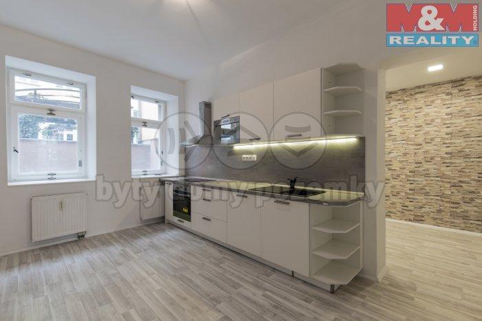 Prodej, byt 2+1, 85 m2, Karlovy Vary, ul. Moravská