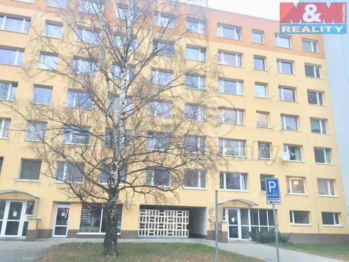 Pronájem, byt 1+kk, Kladno - Kročehlavy, ul. Švédská