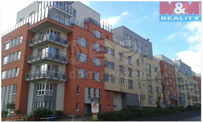 Prodej, byt 1+kk, 35 m2, Praha 5
