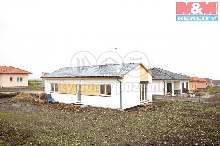 Pronájem, rodinný dům 3+kk, 80 m2, pozemek 702 m2, Postřižín