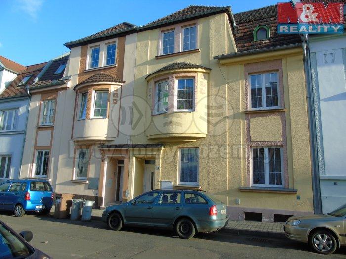 Prodej, Rodinný dům 355 m2, 4 bytové jednotky, Lovosice