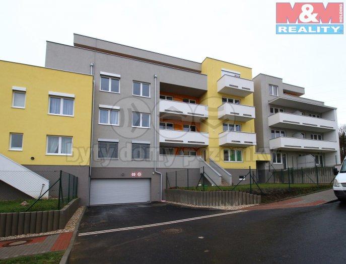 Prodej, byt 1+kk/terasa, 31 m2, OV, Praha - Dubeč