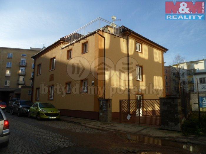Prodej, nájemní dům, 420m2, Hradec Králové, Otokara Březiny