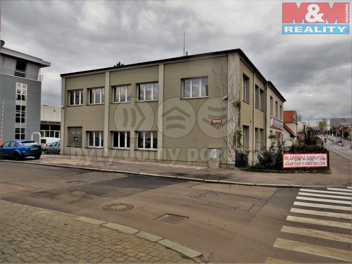 Pronájem, komerční prostor, 90 m2, Praha 10