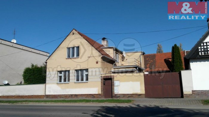 Prodej, rodinný dům 7+1, 405 m2, Merklín