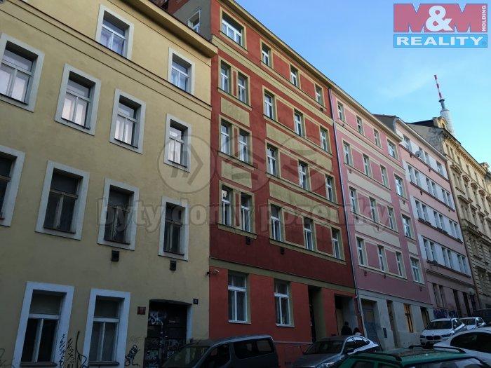 Pronájem, byt 1+1, 25 m2, Praha 3, ul. Víta Nejedlého