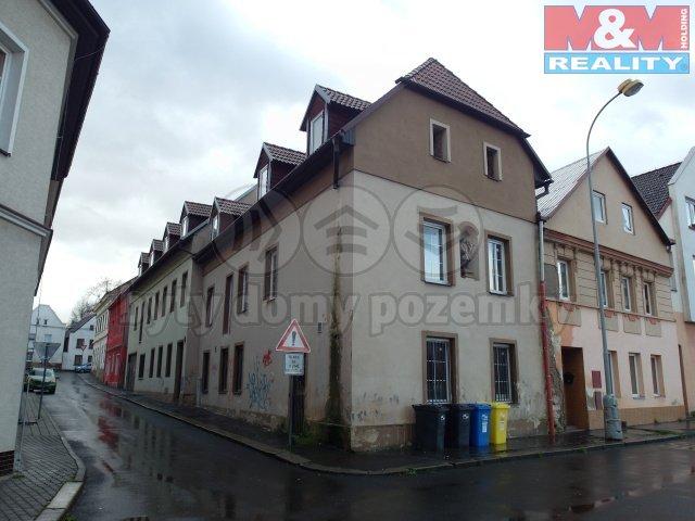 Prodej, nájemní dům, Trmice, ul. Václavské náměstí
