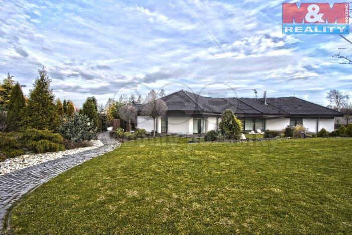 Prodej, rodinný dům 7+kk, 3151 m2, Říčany