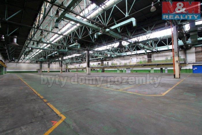 Pronájem, komerční objekt, 16.000 m2, Praha 9 - Letňany