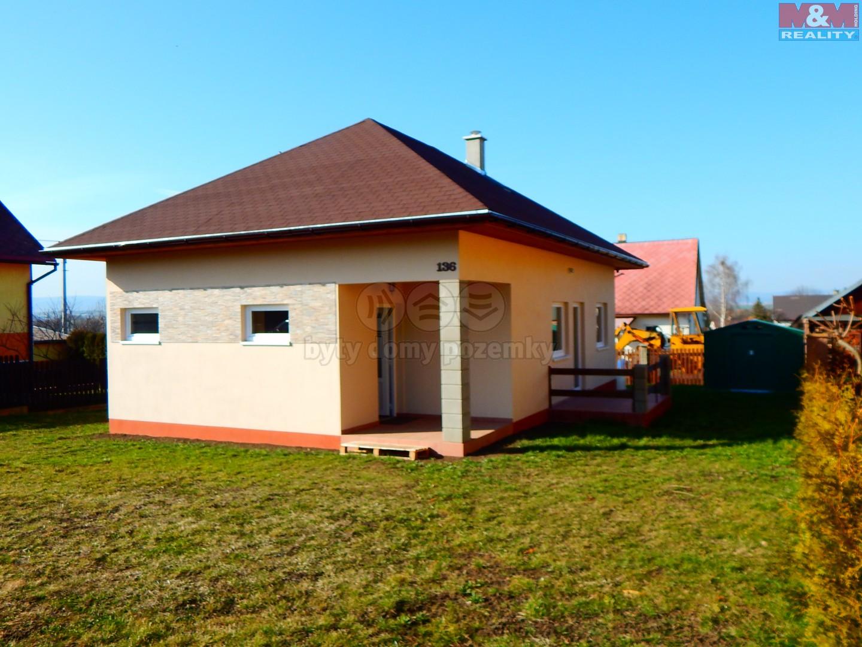 Prodej, rodinný dům, 400 m2, Chbany - Vadkovice