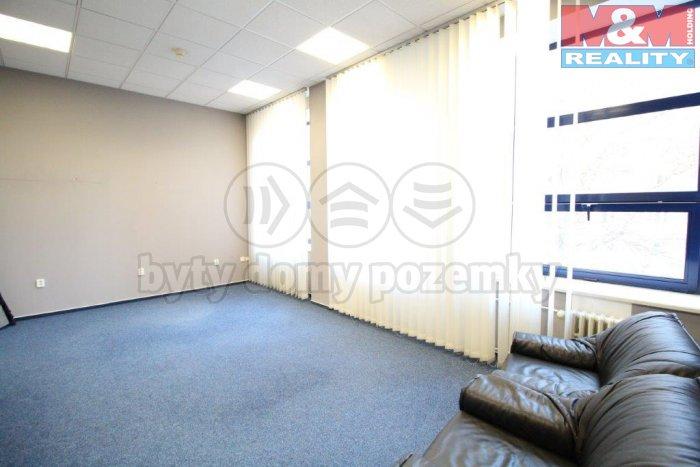 Pronájem, kancelářské prostory, 38 m2, Praha 3, ul. Koňevova