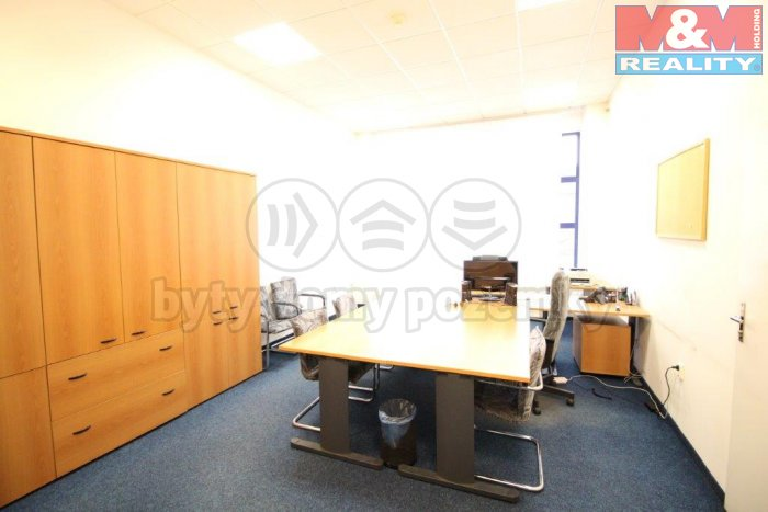 Pronájem, kancelářské prostory, 28 m2, Praha, ul. Koněvova