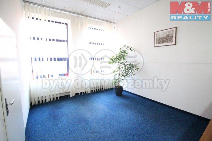 Pronájem, kancelářské prostory, 15 m2, Praha 3, ul. Koněvova