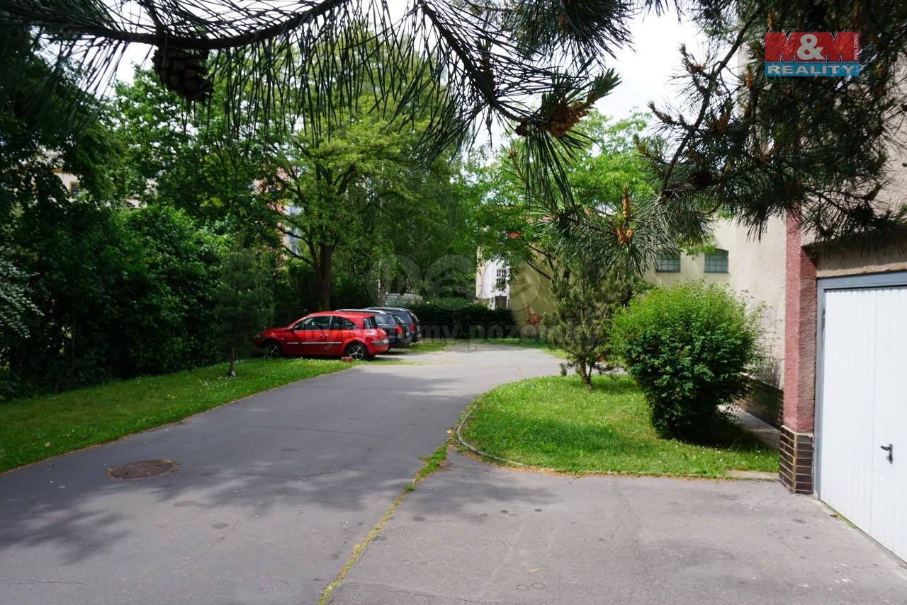 Pronájem, parkovací stání, Pardubice - centrum