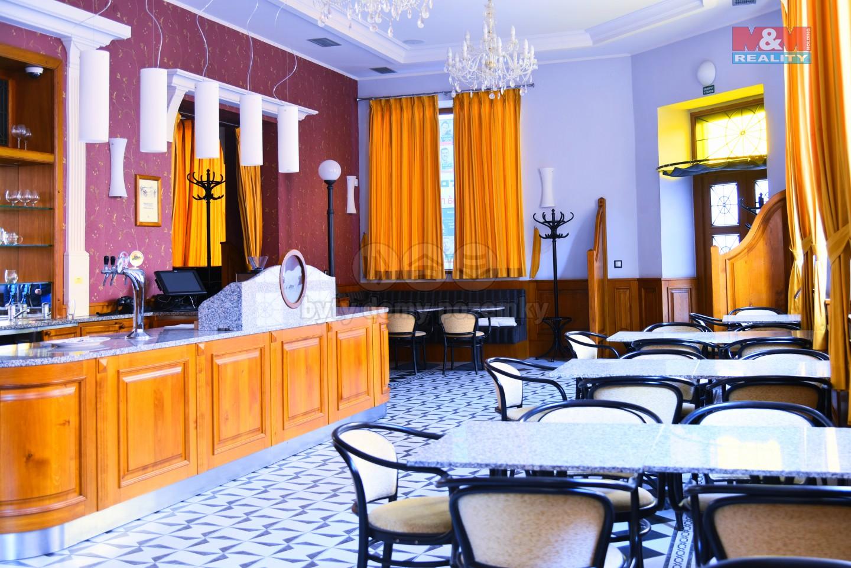 Prodej, restaurace, 380 m2, Šumperk