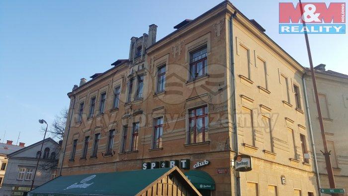 Pronájem, byt 3+1, 92 m2, Semily, Komenského nám.