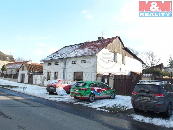 Prodej, rodinný dům 4+1, 652 m2, Panenský Týnec