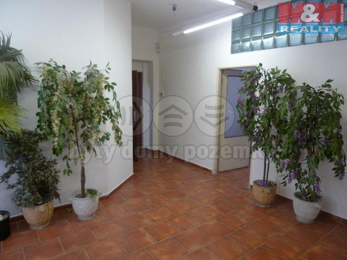 Pronájem, kancelářské prostory, 49m2, Praha 10 - Průběžná