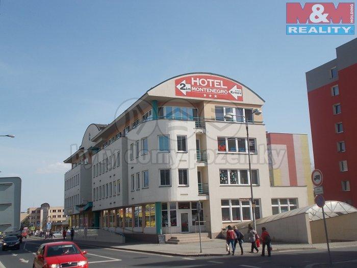 Pronájem, obchodní prostory, 200 m2, Bruntál