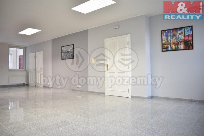 Pronájem, komerční prostor, 139 m2, Zlín, ul. Lešetín