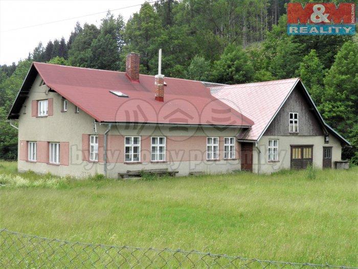 Prodej, rodinný dům 7+2, 266 m2, Holčovice
