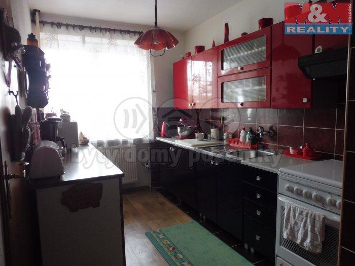Prodej, rodinný dům 5+1, 375 m2, Staříč