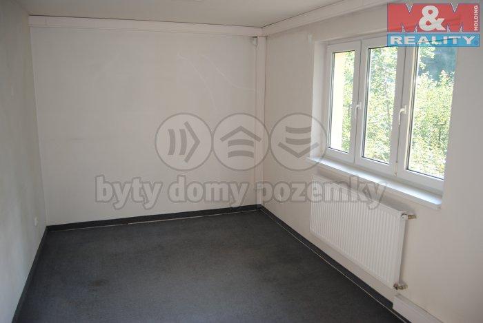 Pronájem, komerční prostory 18 m2, Jablunkov