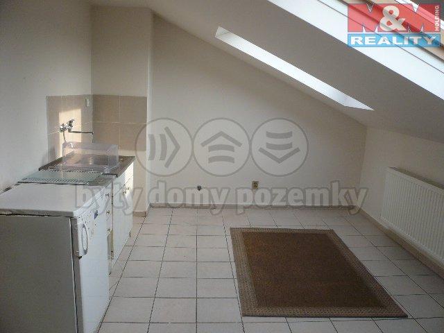 Pronájem, byt 1+kk, 25 m2, Orlová, ul. Ostravská