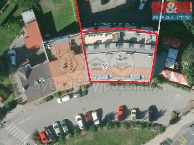 Prodej, garážové stání, Praha - Suchdol