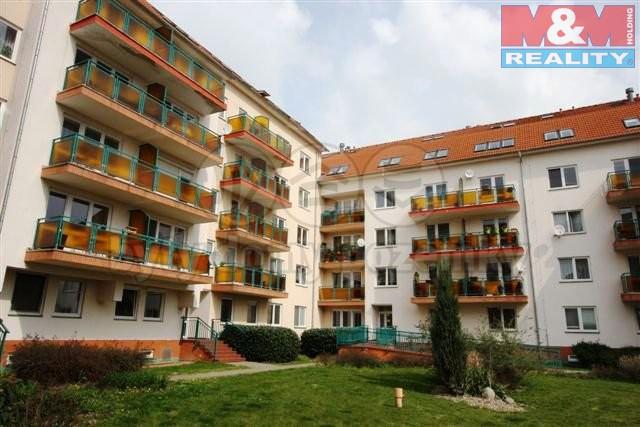 Pronájem, byt 1+kk, 38 m2, Praha 6 - Lysolaje