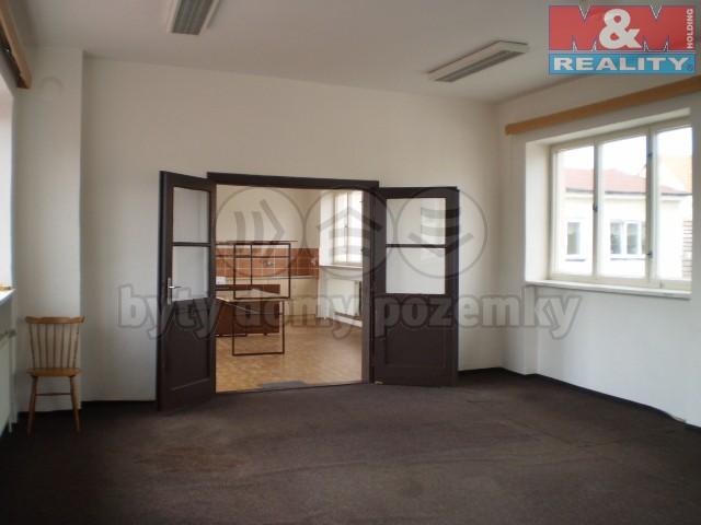 Pronájem, obchodní prostor, 72 m2, Letovice