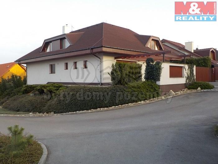 Pronájem, rodinný dům 5+1, 181 m2, Praha 6 - Lysolaje