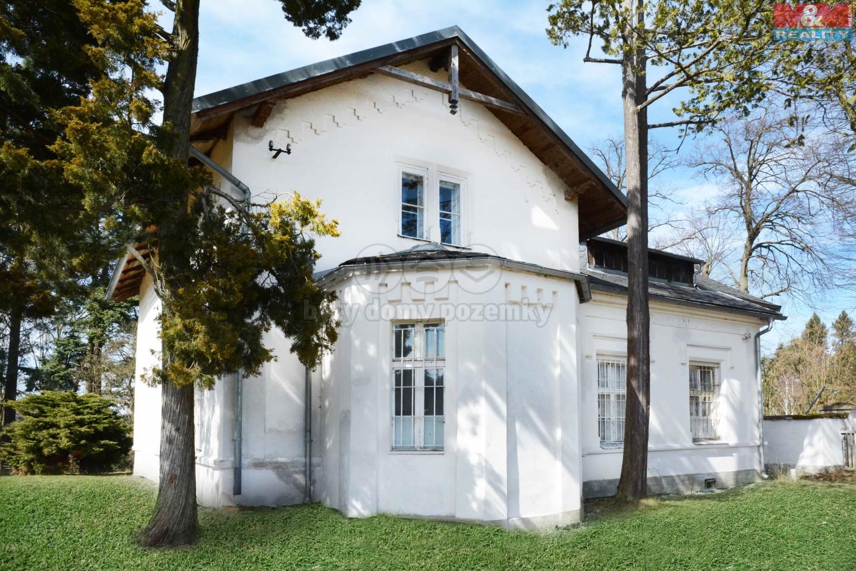 Prodej, rodinný dům - vila, 4872 m2, Jevany