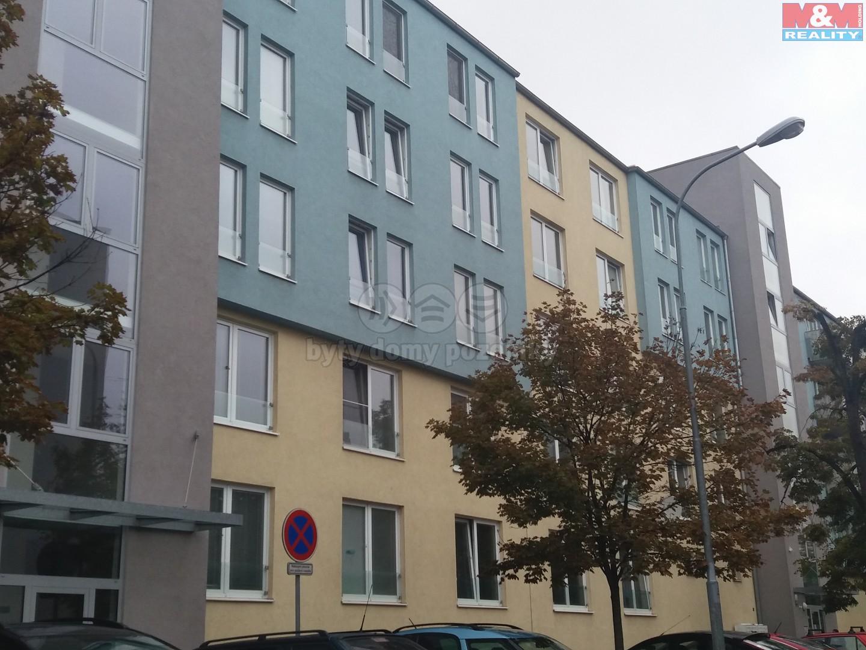 Prodej, garážové stání, 16 m2, Brno - Trnitá, ul. Zderadova
