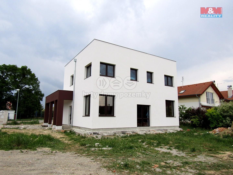 Prodej, rodinný dům 5+kk, 220 m2, Újezd n.Lesy