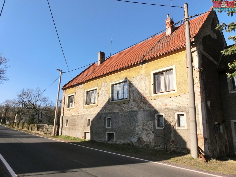 Prodej, rodinný dům 2x2+1, 4401 m2, Veselov