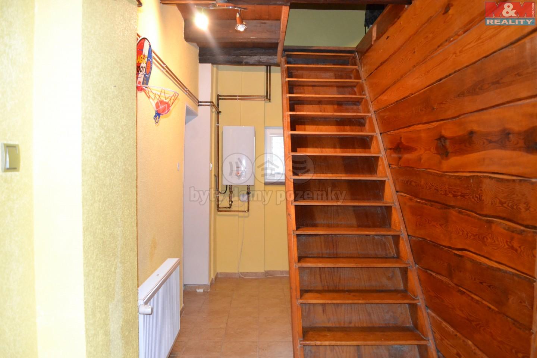 schodiště do 1.NP