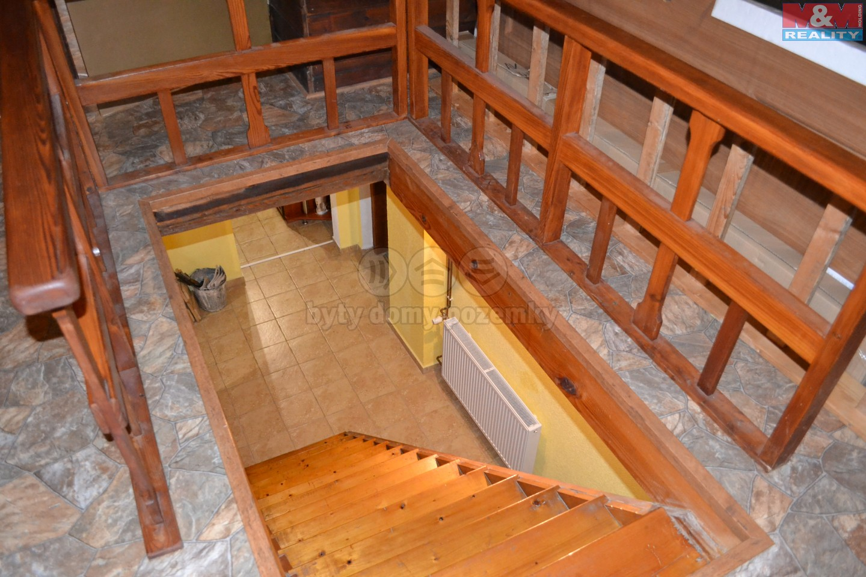 schodiště 1.NP