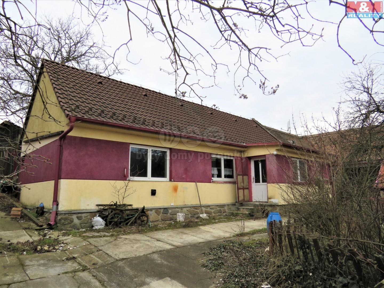 Prodej, rodinný dům 2 + 1, 1970 m2, Bojanovice