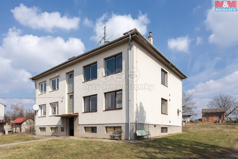 Prodej, byt 1+kk, 36 m2, Tečovice