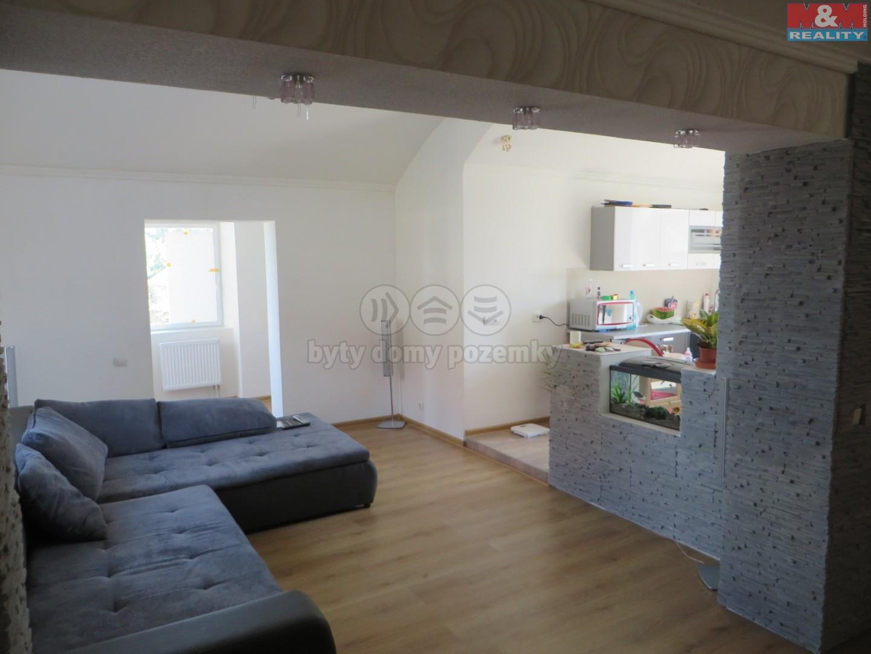 Prodej, rodinný dům 4+kk, 862 m2, Zvěstovice