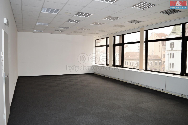 Pronájem, kanceláře od 17 m2, Praha 9 - Balabenka