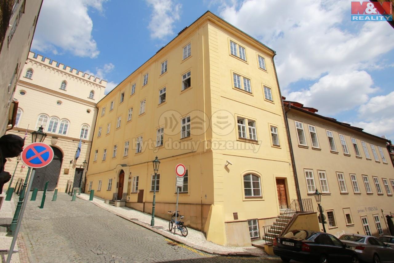 Pronájem, kancelář, 13m2, Praha 1 - Malá Strana